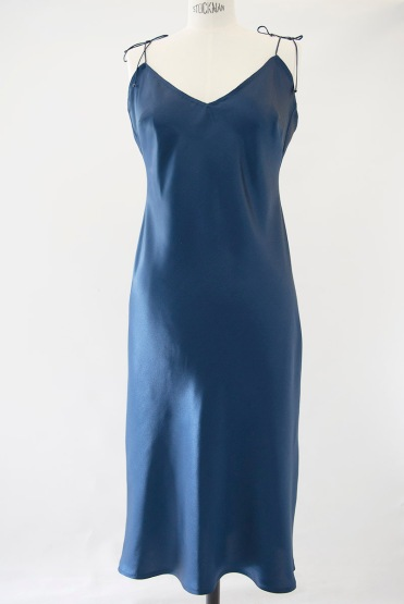 jennifer-klein-couture-night-wear-silk-petrol-blue-01